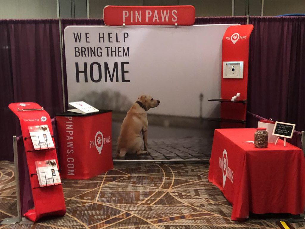 Pin Paws Trade show Booth Set Up in Phoenix